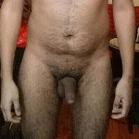 chubby poilu pour plan cul